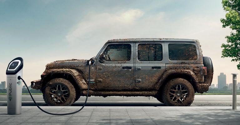 Jeep Wrangler 4xe Tua con anticipo Jeep Free da 21.000 Euro